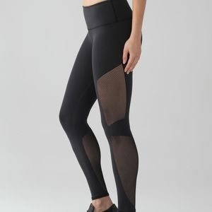 Bnwot Lululemon Reveal 7/8 Tight - Black